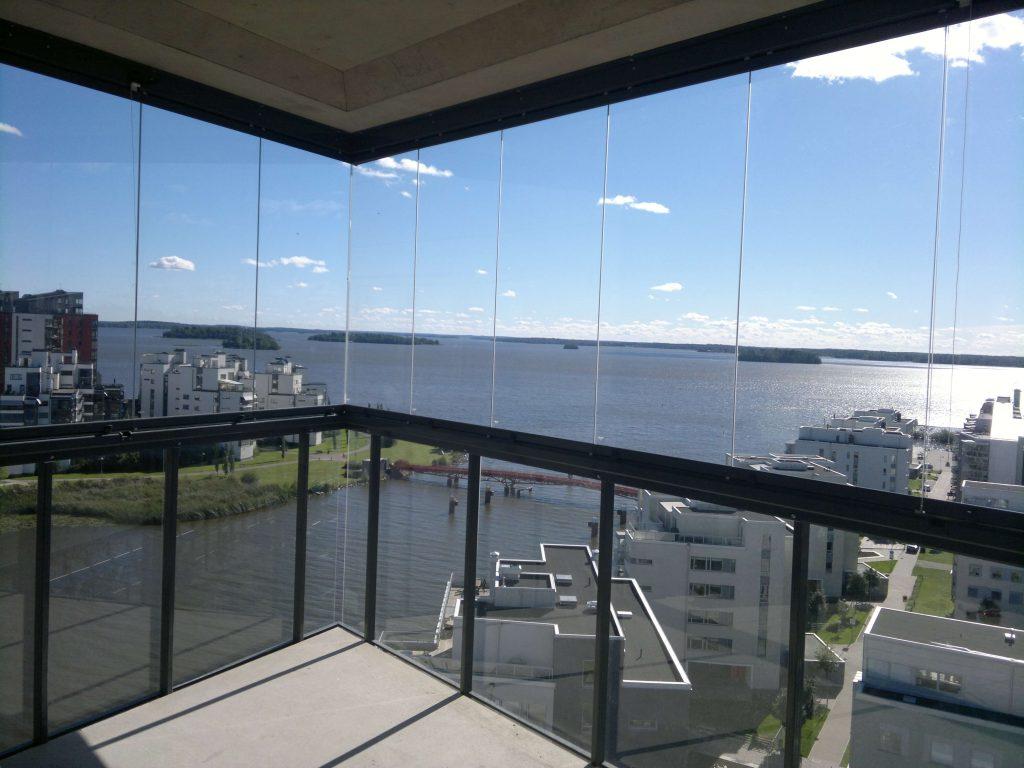 Västerås – Inglasad balkong med fantastisk vy – Inspiration